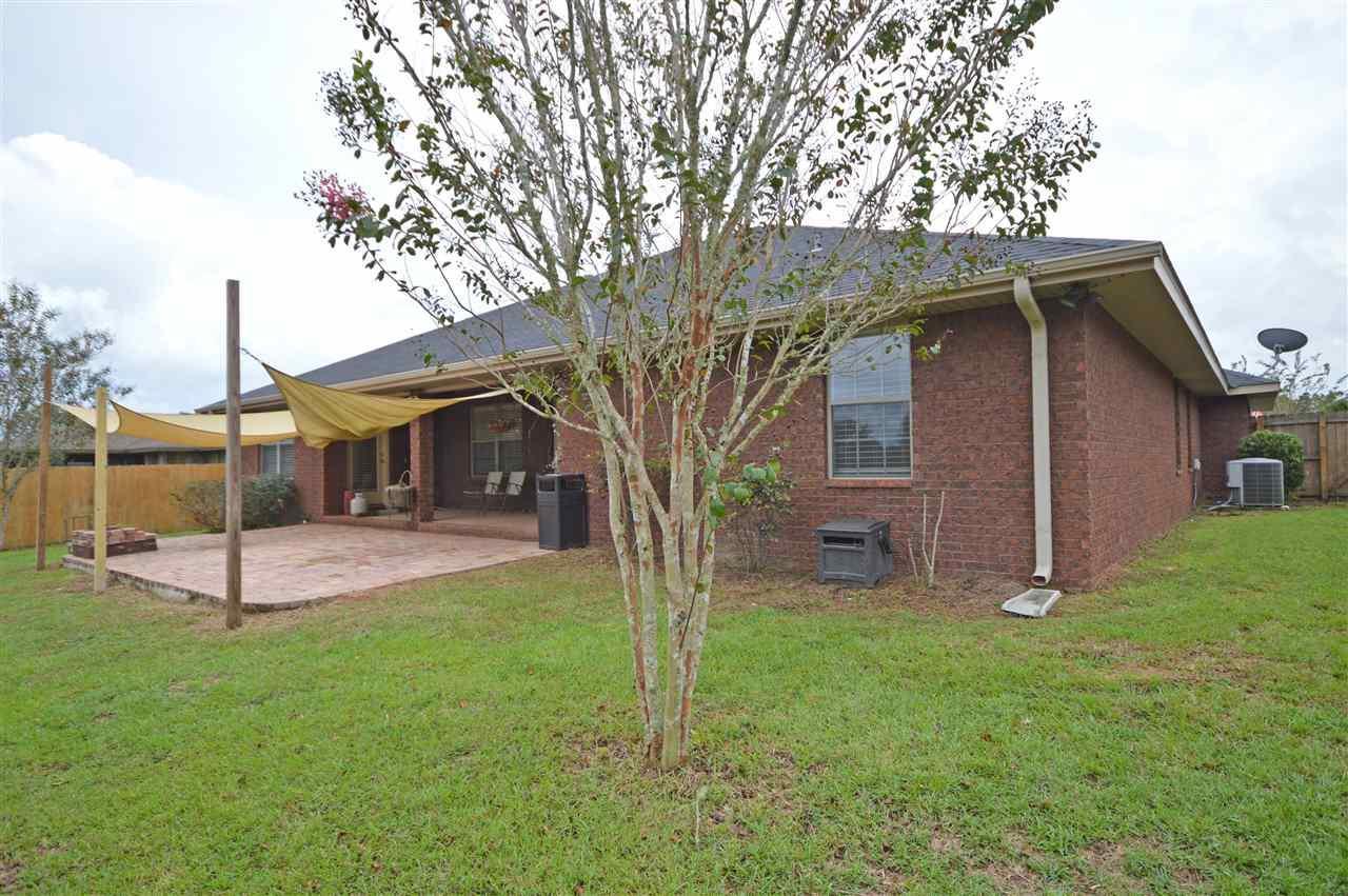 5119 English Oak Dr, Pace, FL 32571