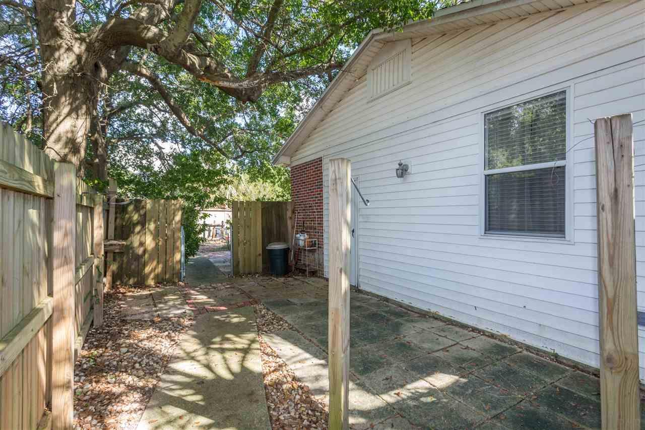 3702 N 12th Ave, Pensacola, FL 32503