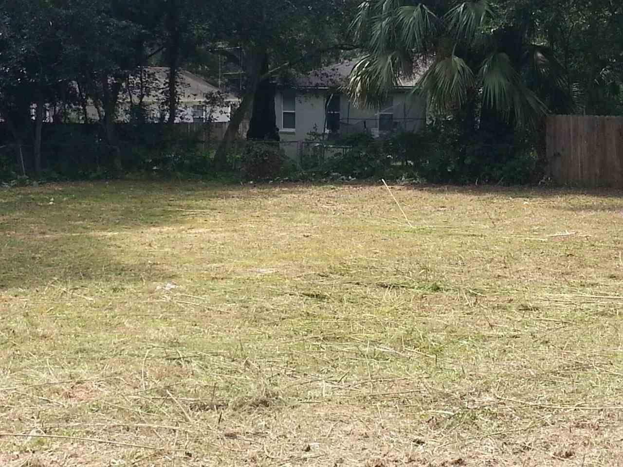 3803 W Jackson St, Pensacola, FL 32505