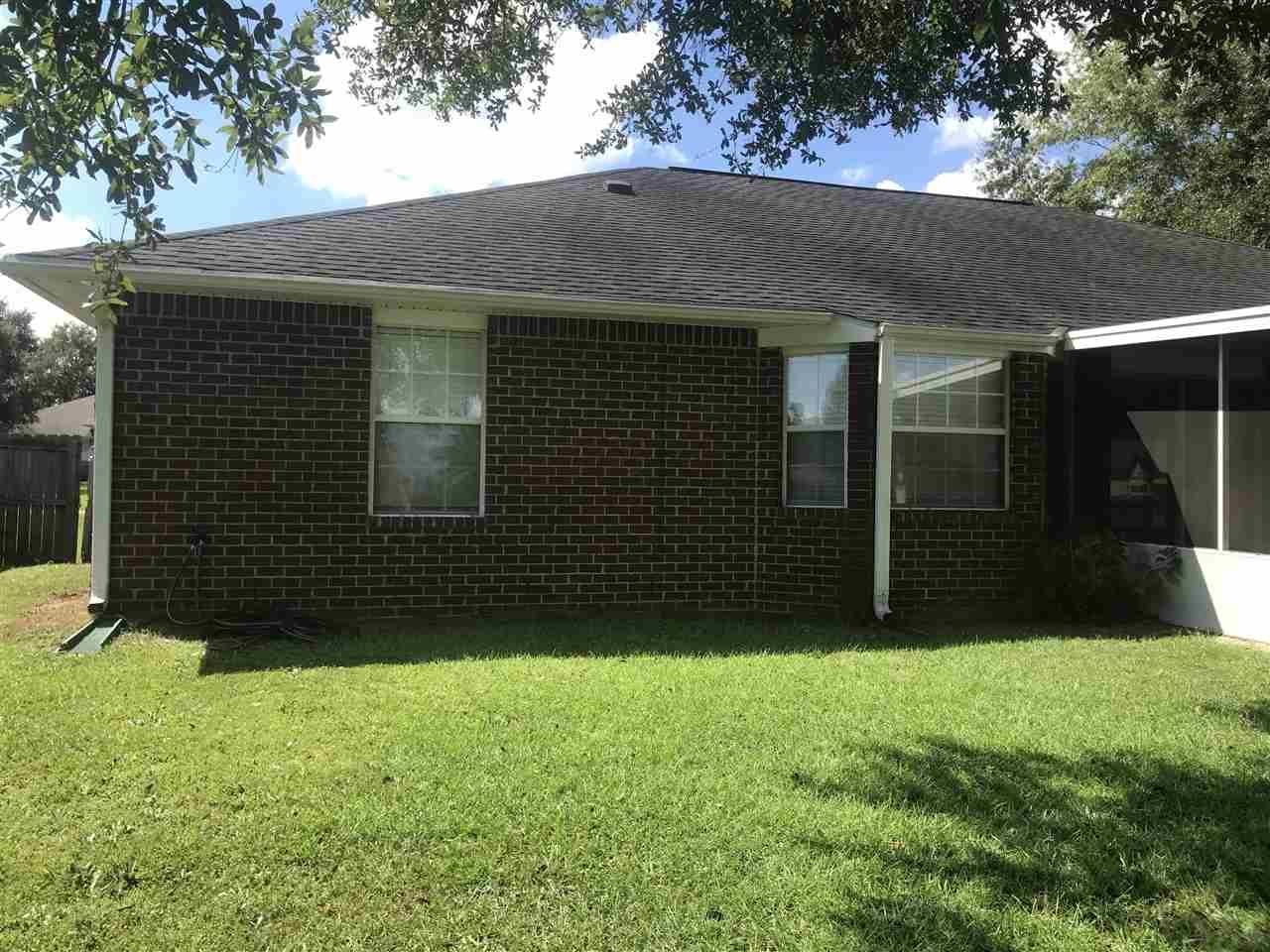 3228 Massena Dr, Pensacola, FL 32526