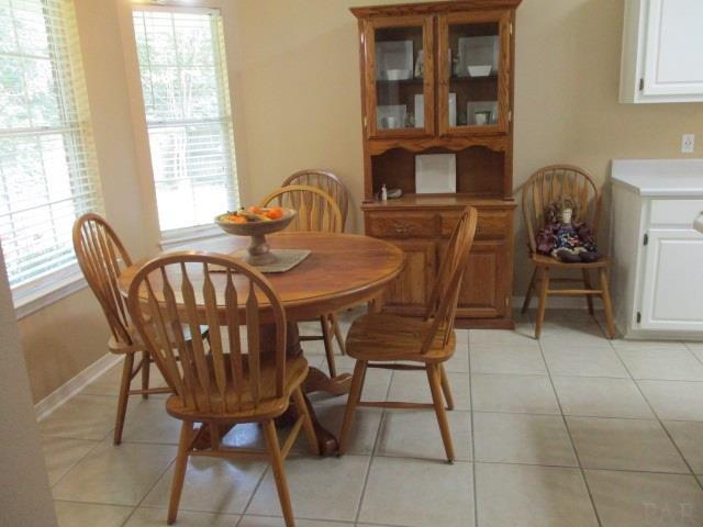 1370 Mazurek Blvd, Pensacola, FL 32514