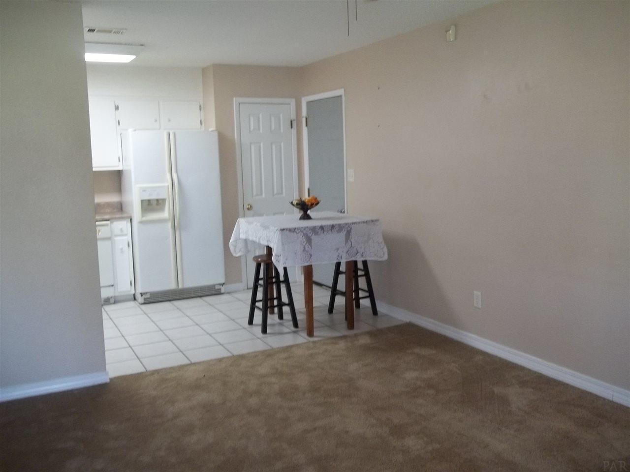 7127 Coronado Dr, Pensacola, FL 32526
