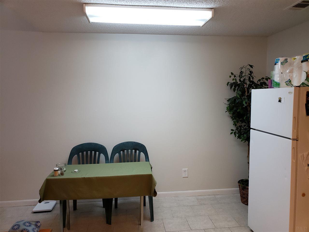 1401 Greenbriar Pkwy #2, Gulf Breeze, FL 32563