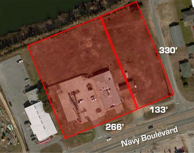 3900 W Navy Blvd, Pensacola, FL 32507