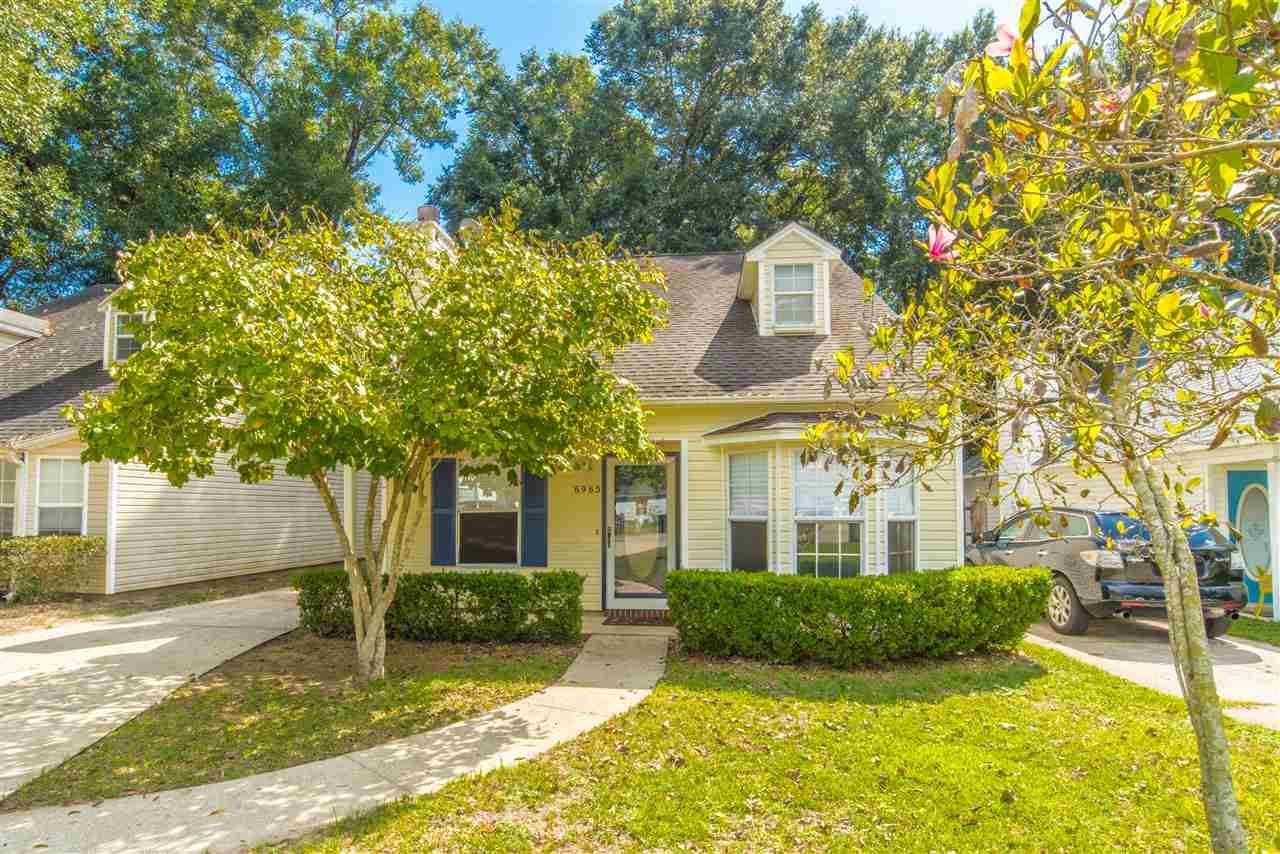 6965 Weatherwood Dr, Pensacola, FL 32506