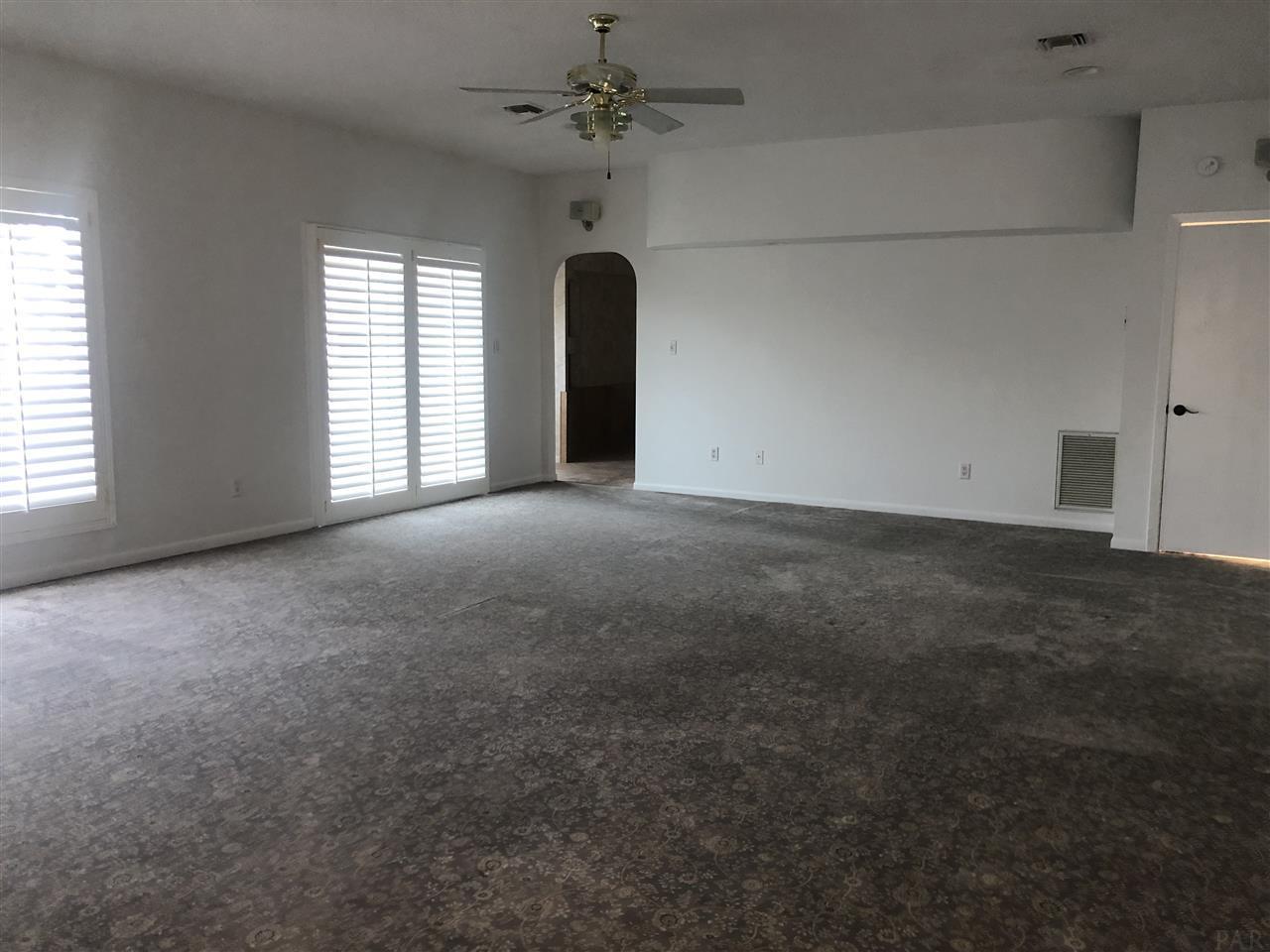 4818 Rosemont Pl, Pensacola, FL 32514