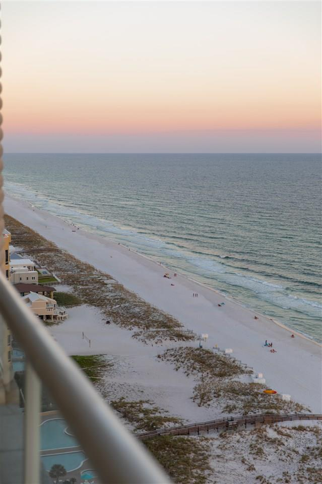 18 Via Deluna Dr #Ph1, Pensacola Beach, FL 32561
