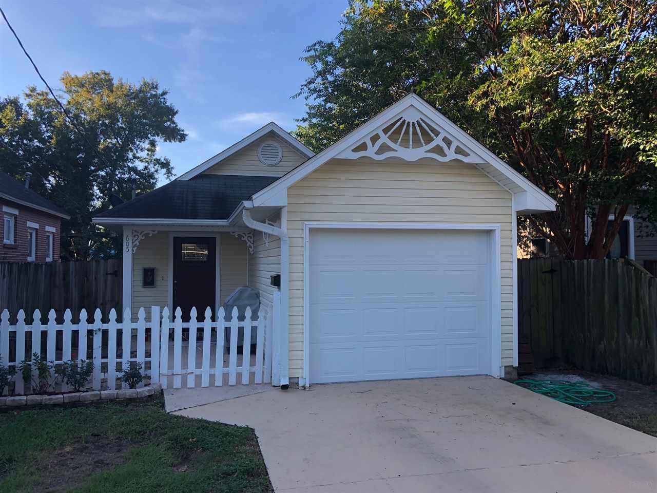 605 W Chase St, Pensacola, FL 32502
