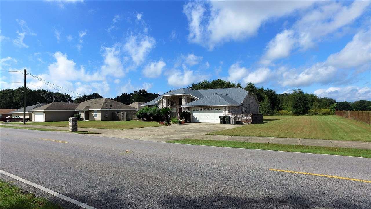 7017 COMMUNITY DR, PENSACOLA, FL 32526  Photo 3