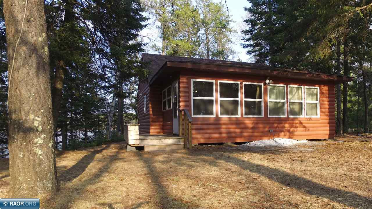 Side Lake chain!!! Cute and charming describe this cabin/home. Wake up to the view overlooking South Sturgeon. Lots of room to park and across the road is new 36x48 pole building for your toys. There is a place to even park an RV and hook up to water. Nice sized kitchen, beautiful wood work and a nice sized tool shed. There is an out house even for the over flow of guests or if you have a party. Fire pit. South Sturgeon has great fishing and you can get to all the other lakes on the Side Lake Chain