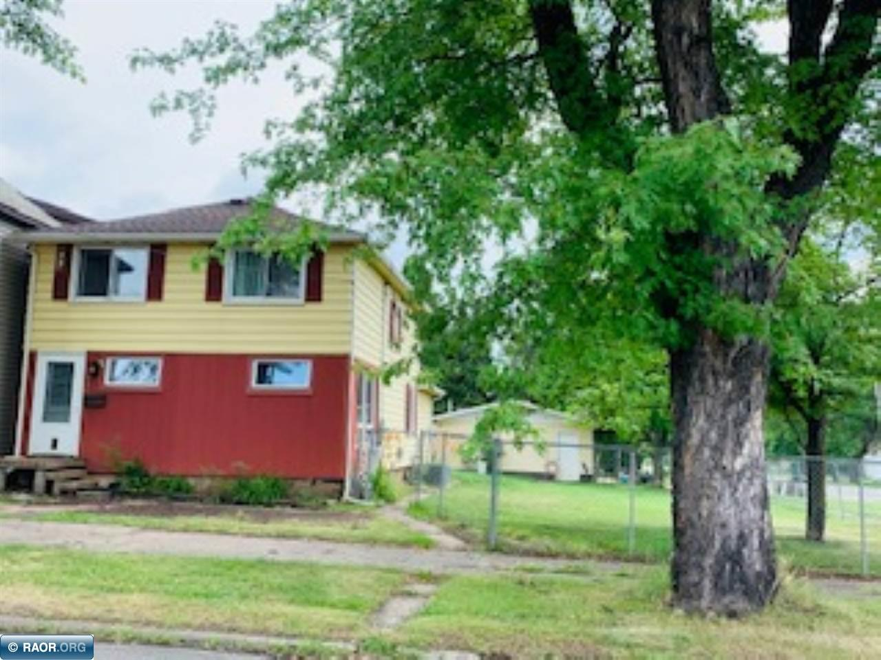 304 Mitchell Ave, Hibbing, MN 55746