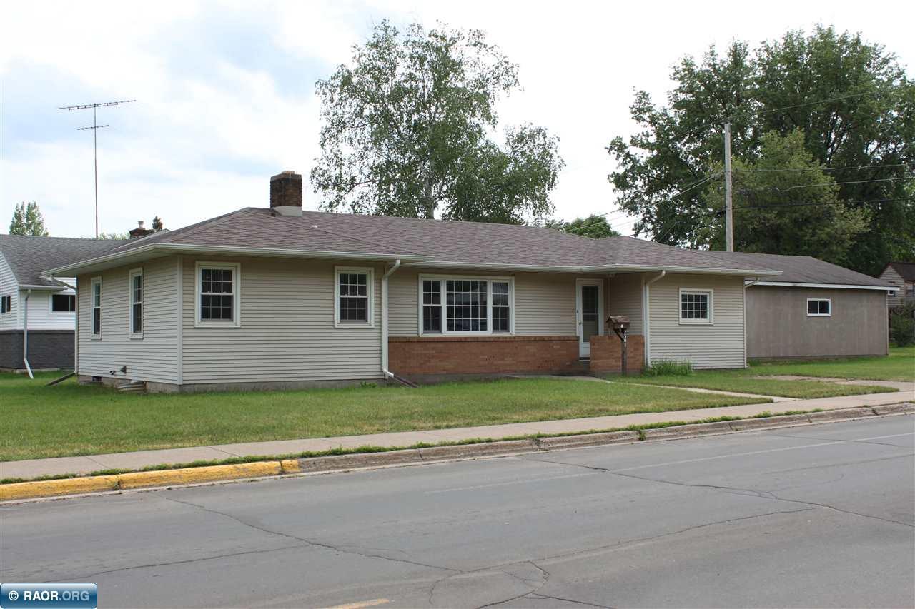 2301 E 11th Ave, Hibbing, MN 55746