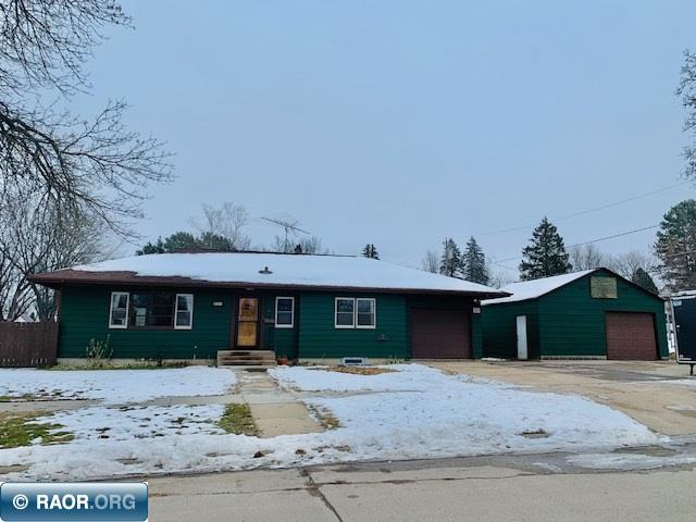 618 NW 6th Ave, Chisholm, MN 55719