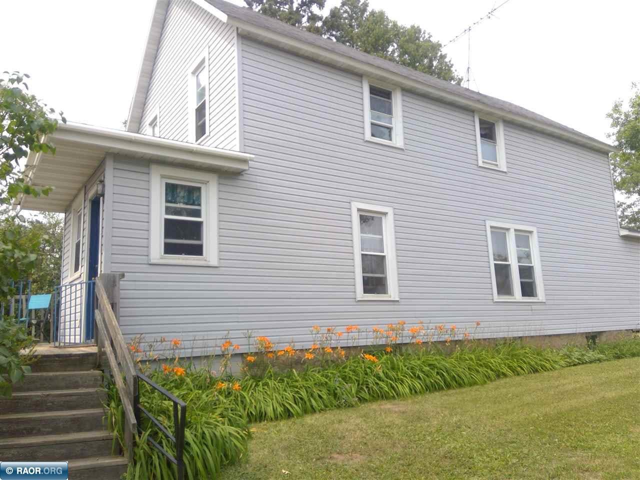 324 Whiteside Avenue, Buhl, MN 55713