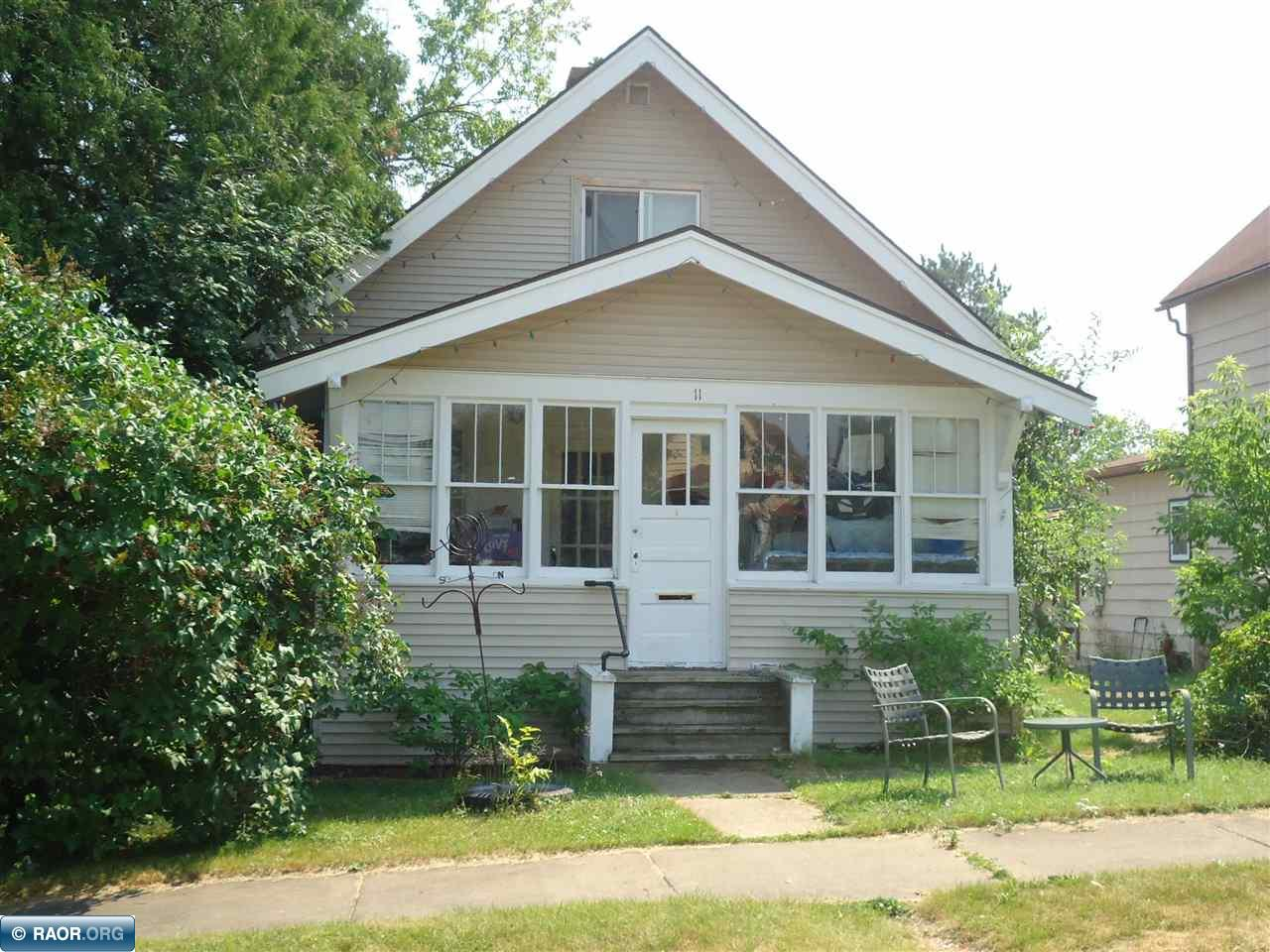 11 2nd St NW, Chisholm, MN 55719