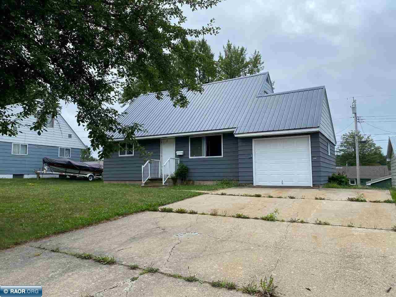 418 Arlington, Hoyt Lakes, MN 55750