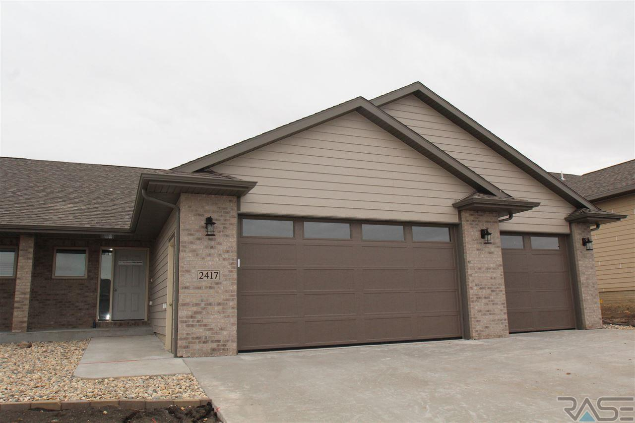Property for sale at 2417 E Tranquility Cir, Sioux Falls,  SD 57108