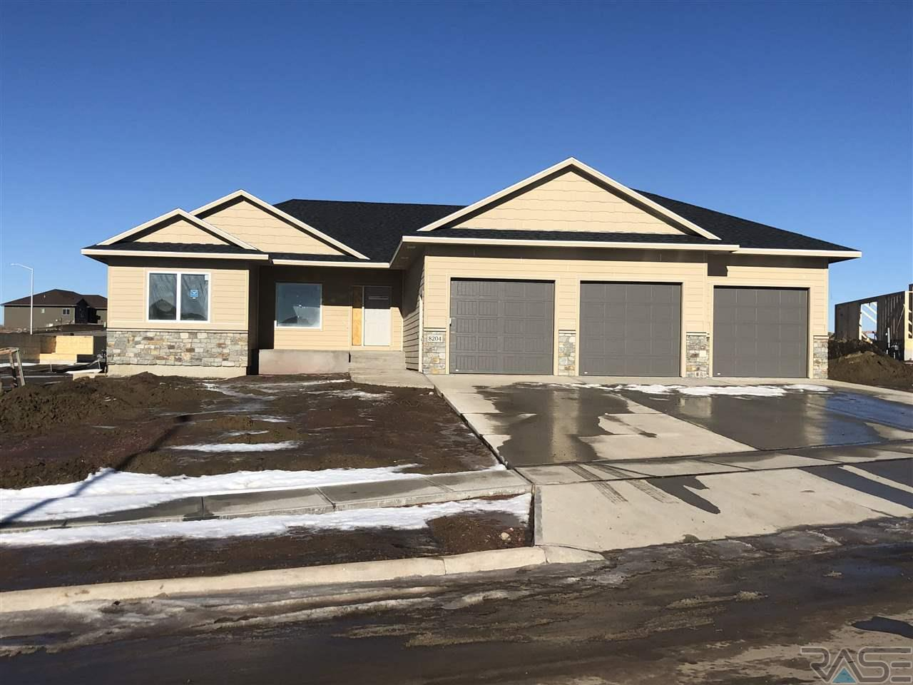Property for sale at 8204 E Mystic Dr, Sioux Falls,  SD 57110