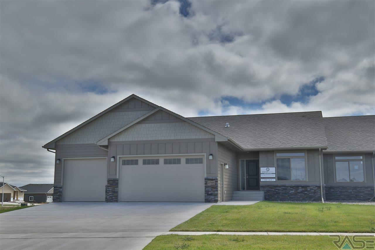 Property for sale at 2709 W Oak Hill Dr, Sioux Falls,  SD 57108