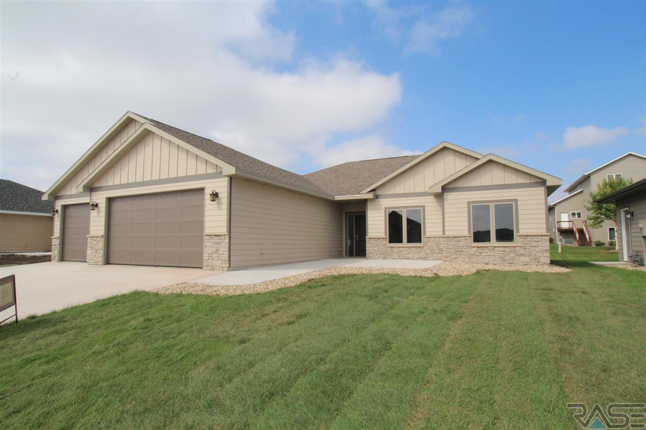 Property for sale at 2508 E Tranquility St, Sioux Falls,  SD 57108