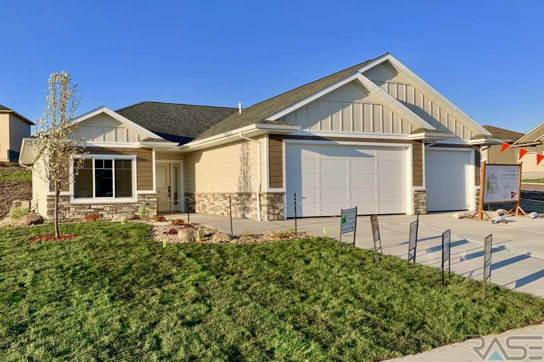 Property for sale at 1637 W Burton Dr, Brandon,  SD 57005