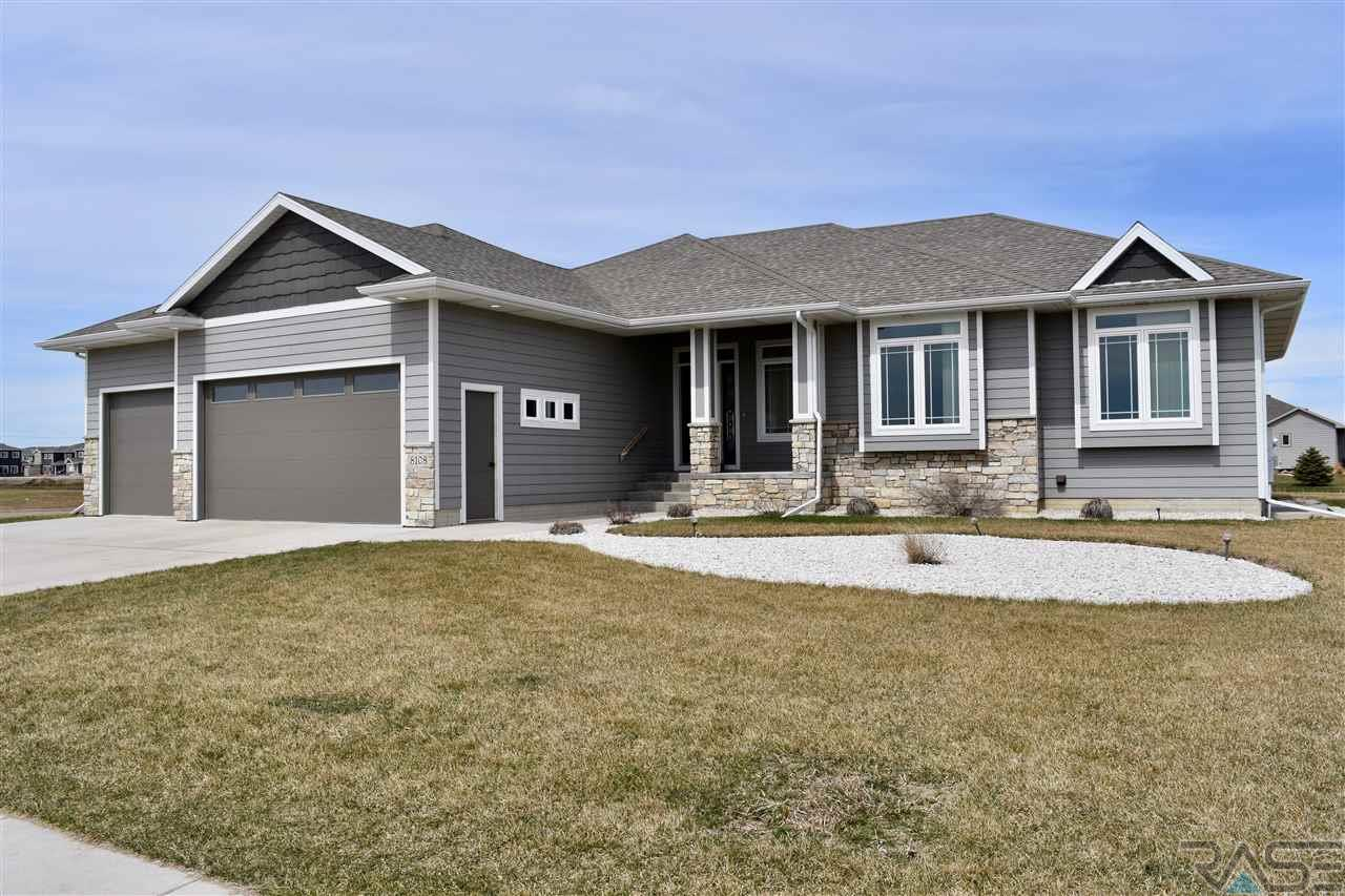 Property for sale at 8108 W 32nd St, Sioux Falls,  SD 57106