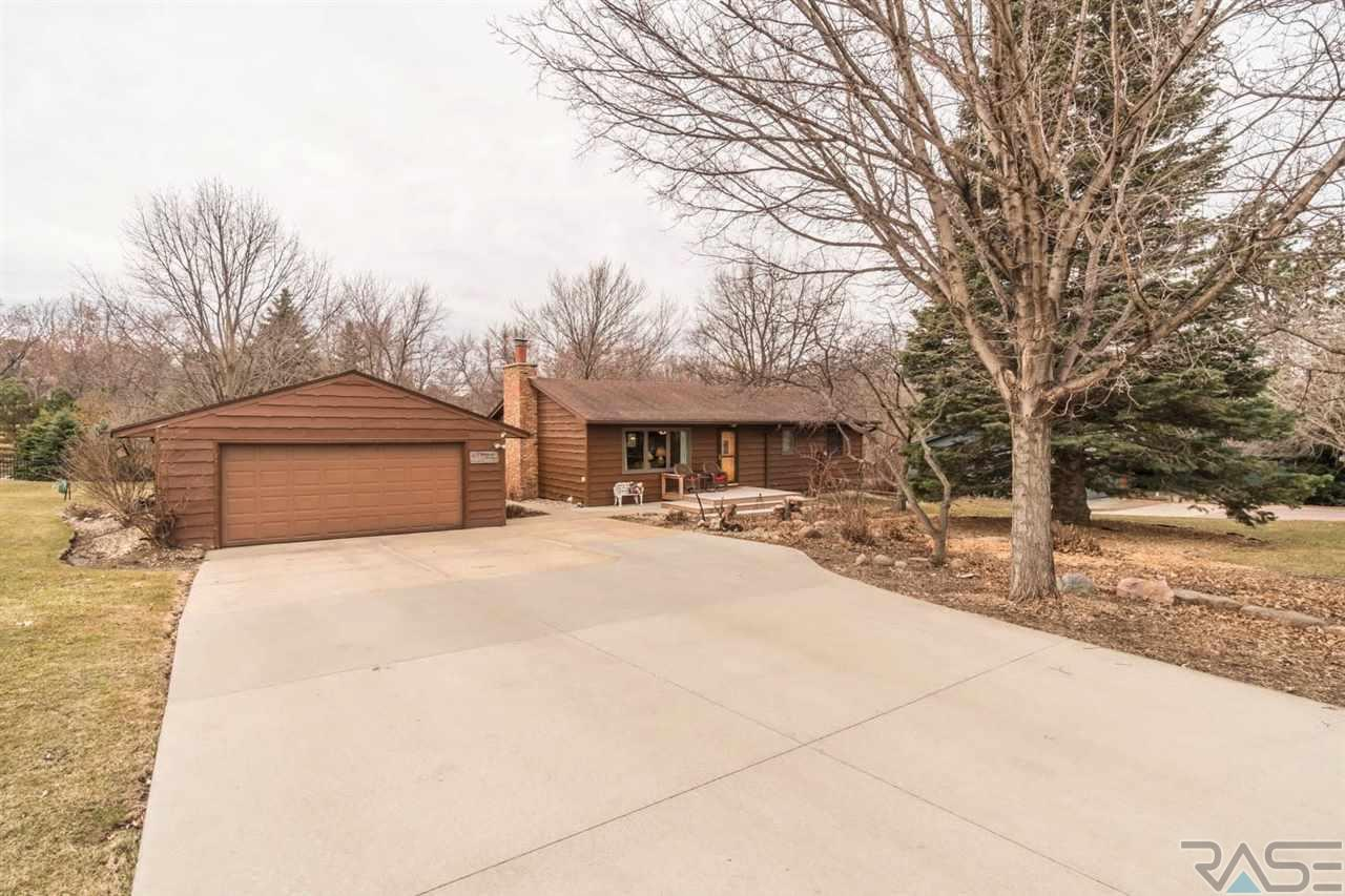 Property for sale at 2701 E Old Orchard Trl, Sioux Falls,  SD 57103