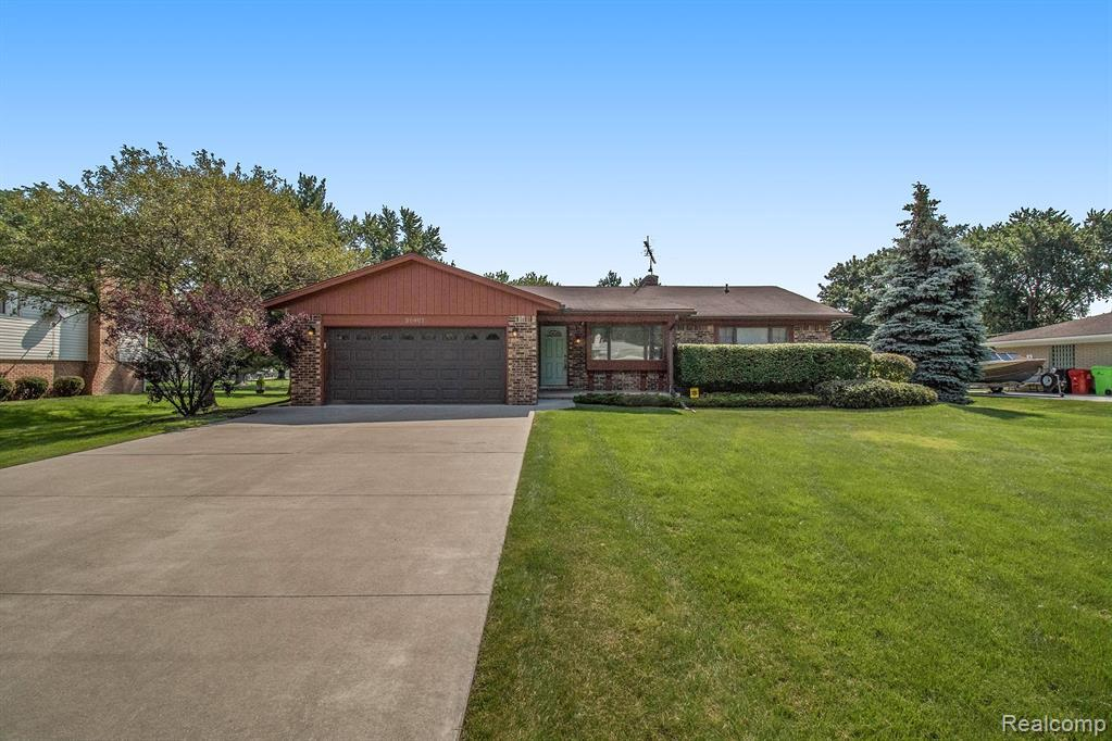 Well taken care of 3 bedroom ranch home with 1.5 baths and a full finished basement. Whole house generator. Nicely landscaped lot with a private backyard and pergola over the deck. Located on quiet street. This is a must see!