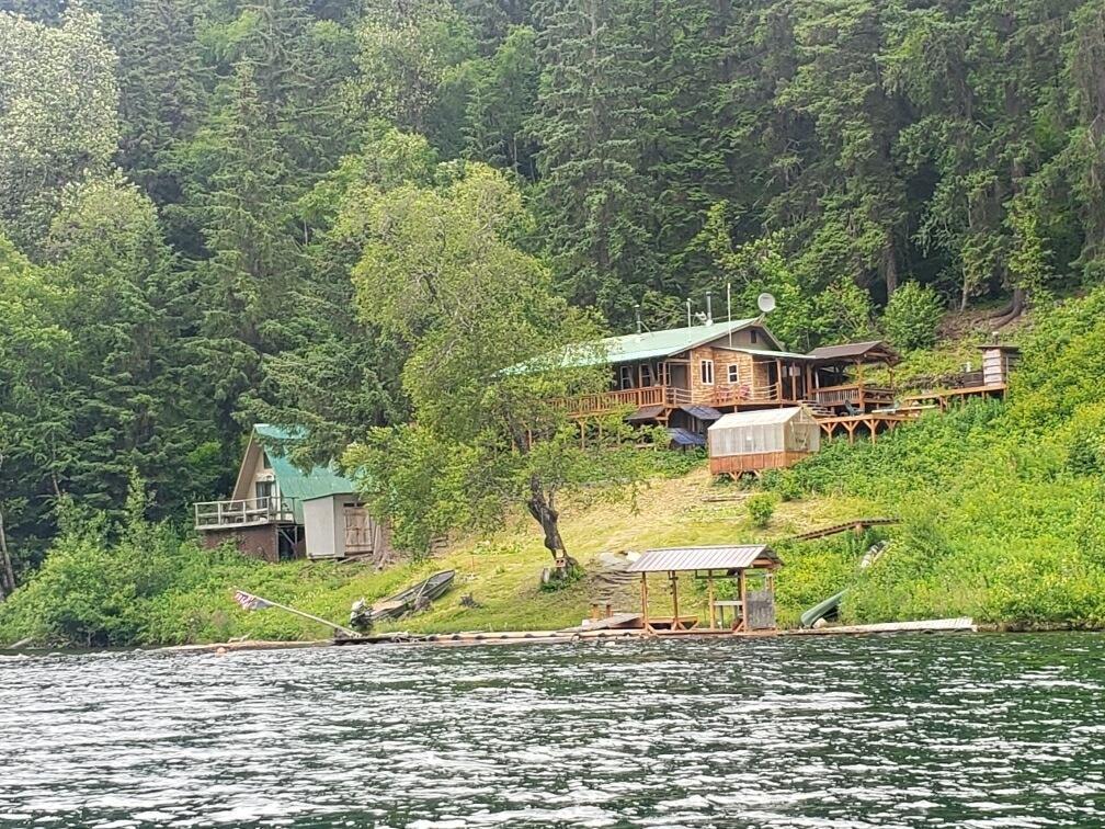 8 Chilkat Lake Road