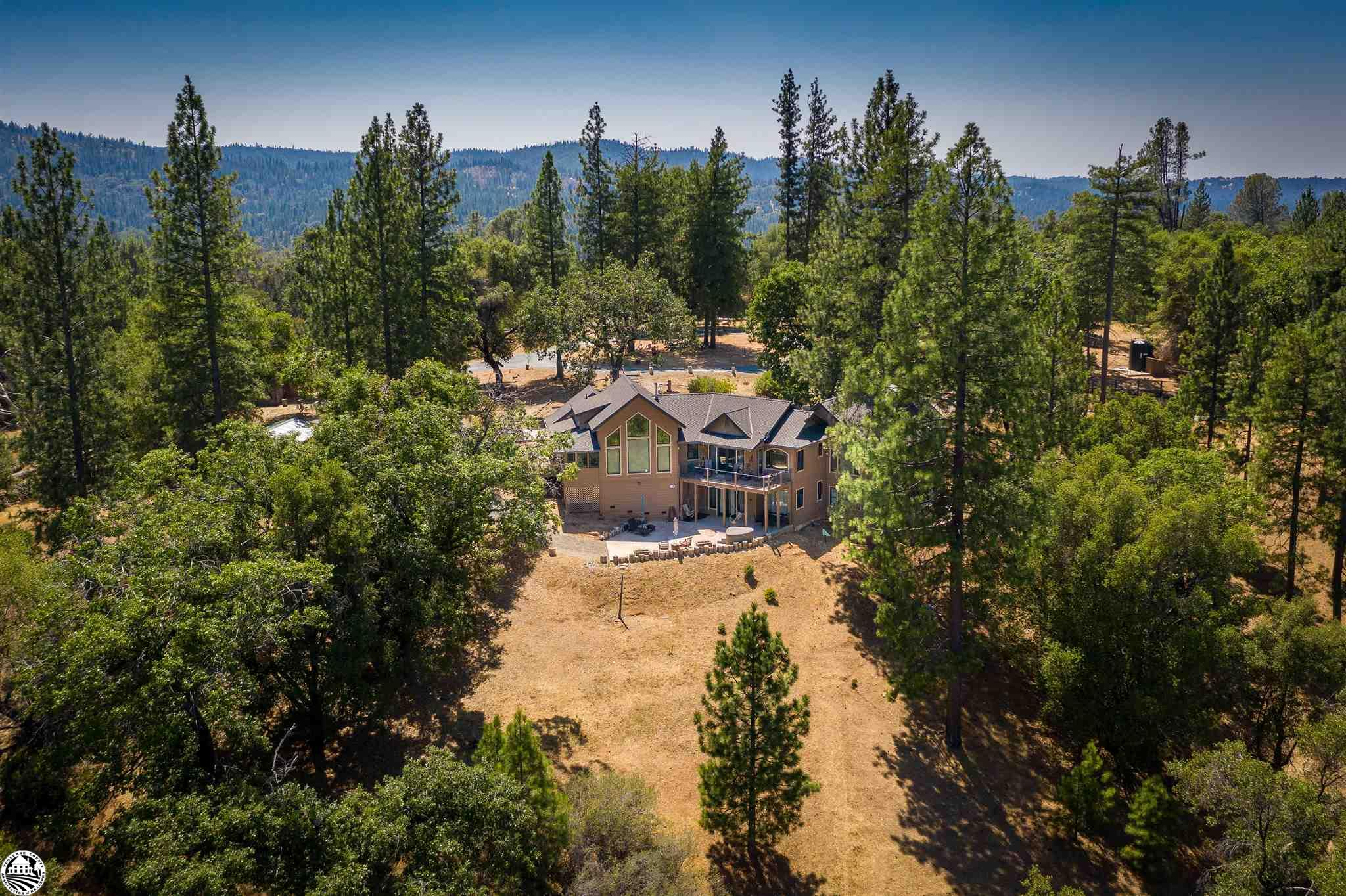 Photo of 21891 Ferretti Rd, Groveland, CA 95321