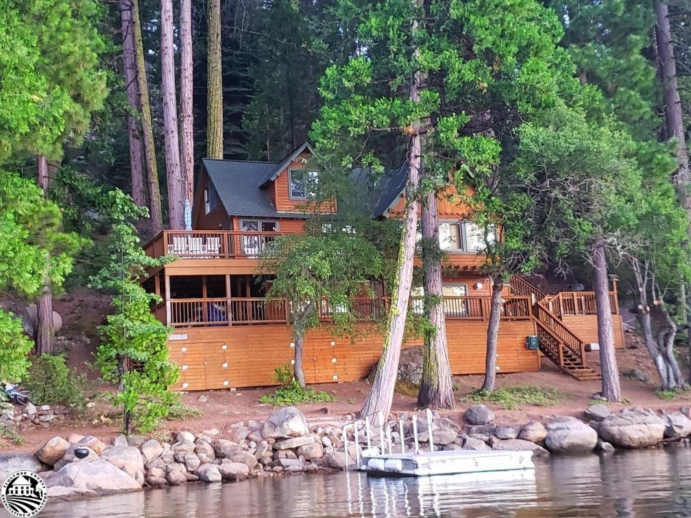 Photo of 350 Lakeshore Drive, Pinecrest, CA 95364