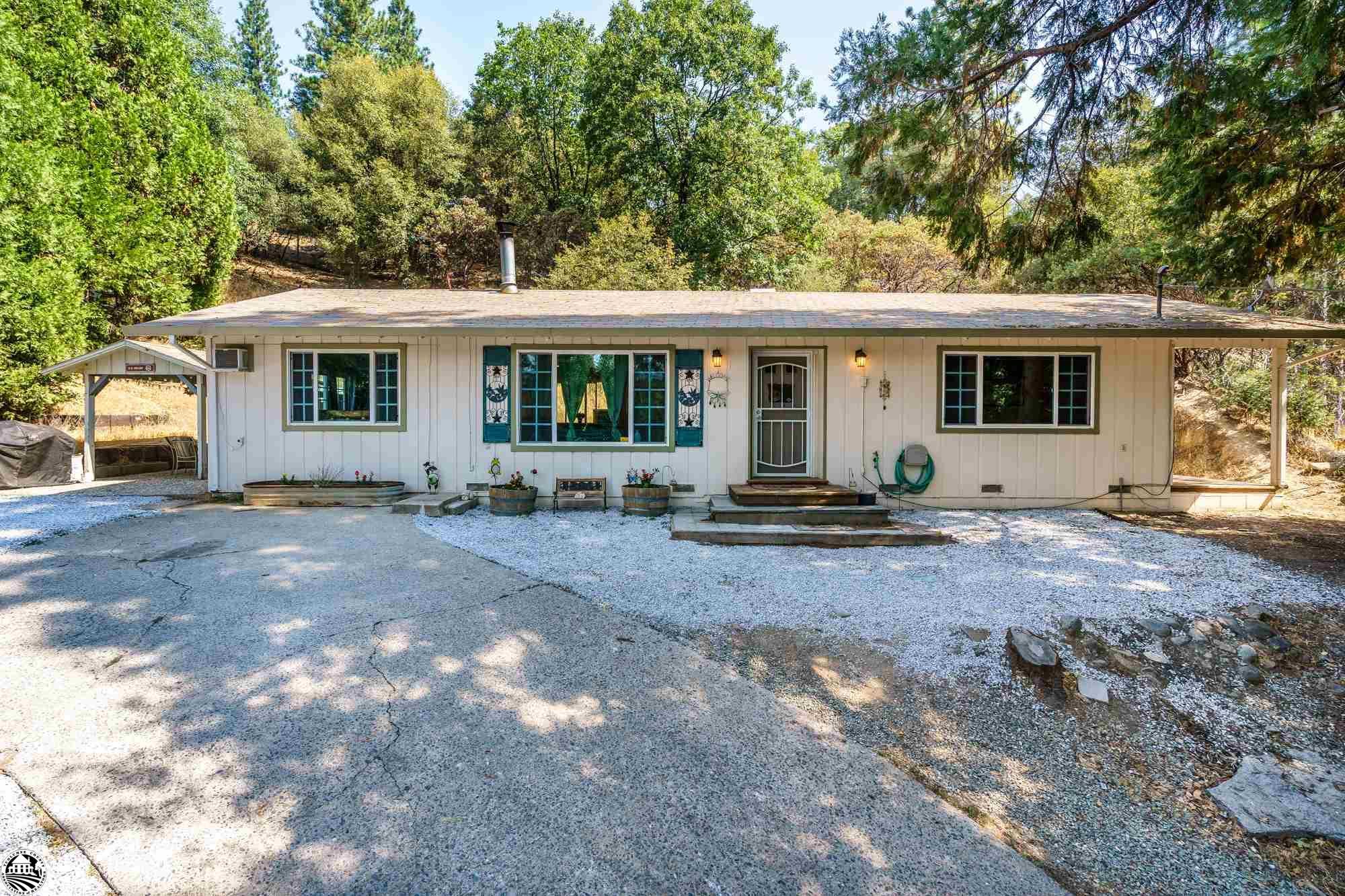 16591 Creekside Drive, Sonora, CA 95370