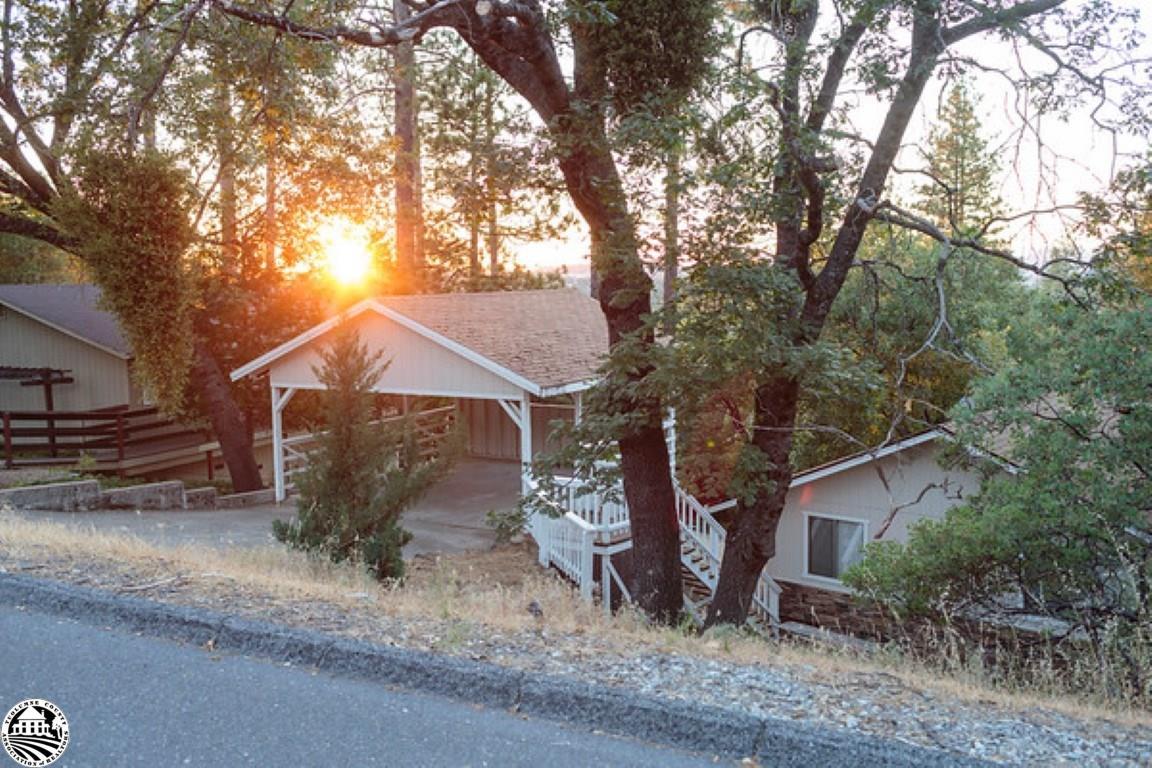13036 Tip Top Court, Groveland, CA 95321