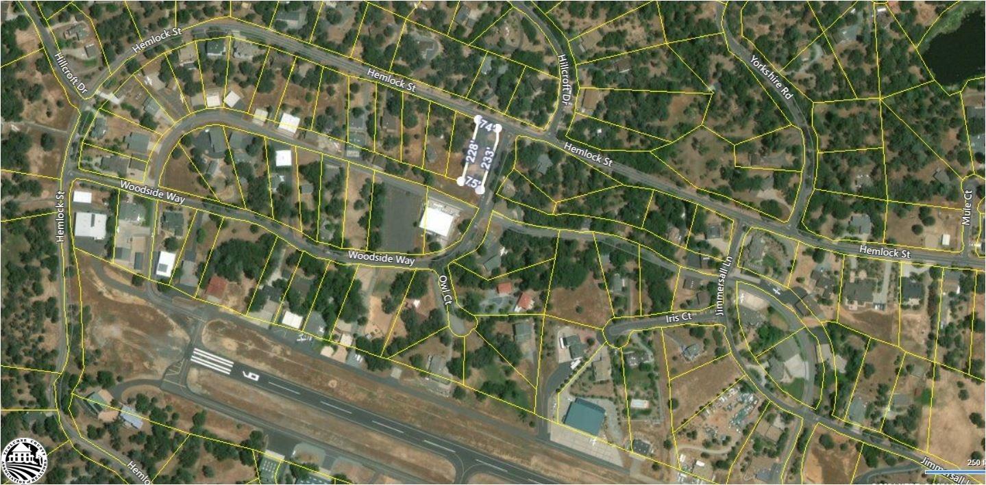 21065 Hemlock Street, Groveland, CA 95321