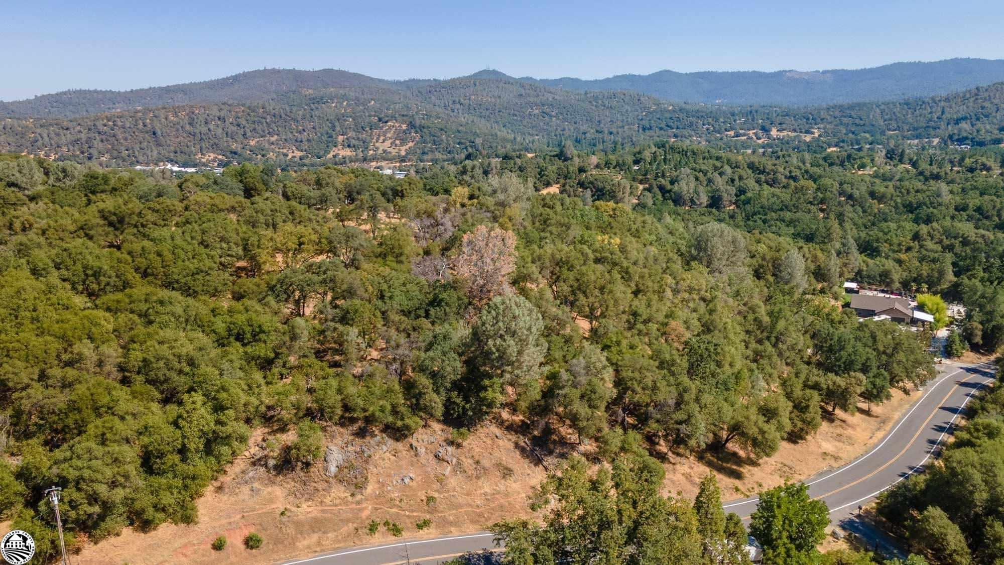 19000 Lambert Lake Drive, Sonora, CA 95370