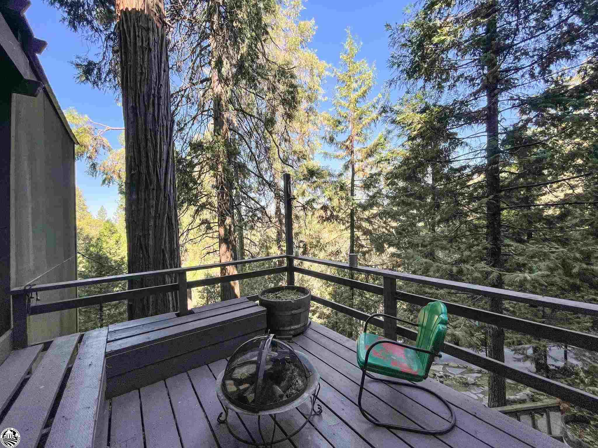 21707 Crystal Lake Dr, Sonora, CA 95370