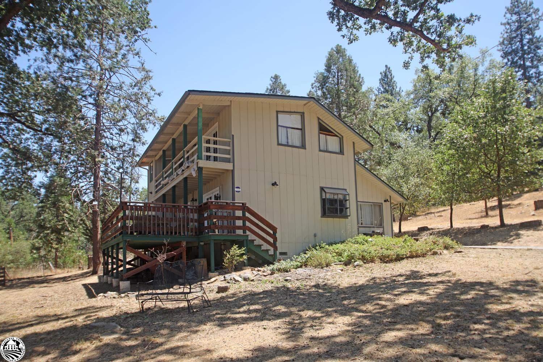 20785 Buttercup Cir, Groveland, CA 95321
